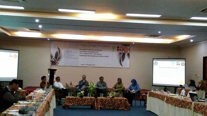 FGD bertema Rekonsiliasi Pemahaman dan Strategi untuk Review serta Implementasi PP 57/2016 jo.PP 71/2014 tentang Perlindungan dan Pengelolaan Ekosistem Gambut. Dok. Istimewa