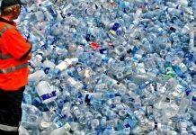Sekitar 17 juta ton sampah per tahun yang tidak terurus, 45 persen di antaranya di buang di saluran air, taman, dan dibakar. Foto : MerahPutih