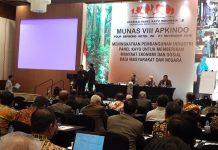 Peran Asosissi Panel Kayu Indonesia (APKINDO) diharapkan bisa bangkit kembali untuk memberikan kontribusi devisa yang besar bagi negara. Foto : Istimewa