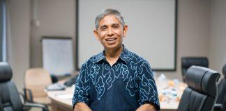 Ketua umum Masyarakat Energi Terbarukan Indonesia (METI) Surya Dharma berpandangan, Indonesia beruntung dianugerahi potensi EBT yang lengkap. Foto : m.jitunews.com