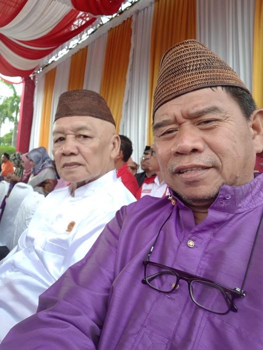 H Usmandie A Andeska (kanan) prihatin dengan kelangkaan BBM yang merugikan masyarakat Belitung. Foto : Istimewa