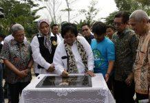 Menteri Lingkungan Hidup dan Kehutanan Siti Nurbaya menilai perbaikan kualitas air sungai sangat mendesak untuk segera dilakukan. Foto : KLHK