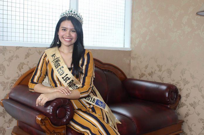 Miss Eco Astira Intan Vernadeina giat sosialisasikan kurangi penggunaan plastik. Foto : Wisesa/tropis.co