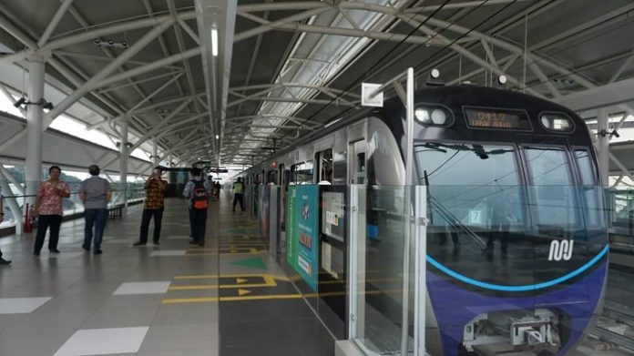 Sejumlah infrastruktur transportasi akan dibangun dan dikembangkan misalnya angkutan massal seperti, Moda Raya Terpadu (MRT), Light Rail Transit (LRT) dan Bus Rapid Transit (BRT) di ibu kota baru. Foto : Seva.id