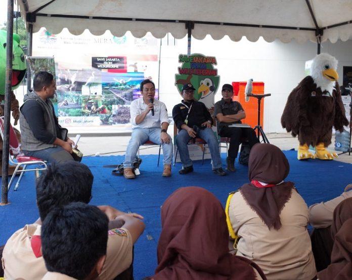 """Kegiatan Ngonser ini adalah """"Peran Generasi Muda dalam Pelestarian Satwa di Ekosistem Mangrove di Indonesia"""". Foto : KLHK"""