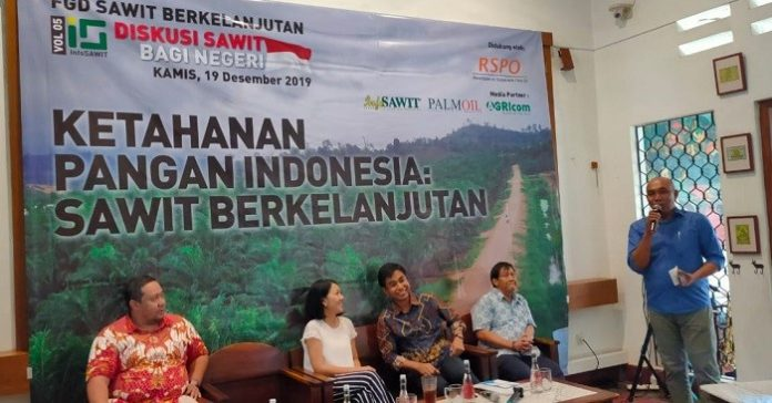 "FGD Sawit Berkelanjutan bertema ""Ketahanan Pangan Indonesia: Sawit Berkelanjutan,"", Kamis (19/12/2019), diadakan InfoSAWIT di Jakarta. Foto: InfoSAWIT"