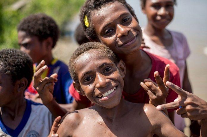 Generasi muda Papua harus segera bersiap untuk mengambil peran nyata dalam mengisi profesi hijau tersebut, agar dapat memberikan kontribusi terhadap pembangunan berkelanjutan bagi Tanah Papua sejak awal. Foto : Muslim Obsession