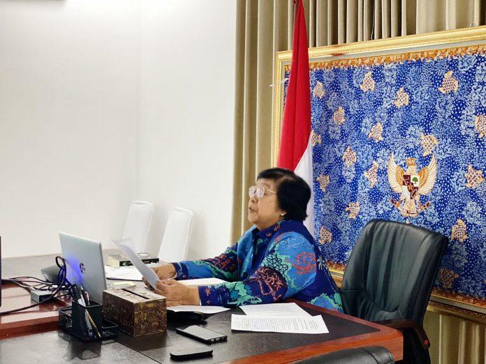 Menteri Lingkungan Hidup dan Kehutanan Siti Nurbaya menilai deforetsasi turun signifikan bukti komitmen Presiden Joko Widodo melindungi konswrvasi sumber keanekaragaman hayati dilakukan. Foto; KLHK