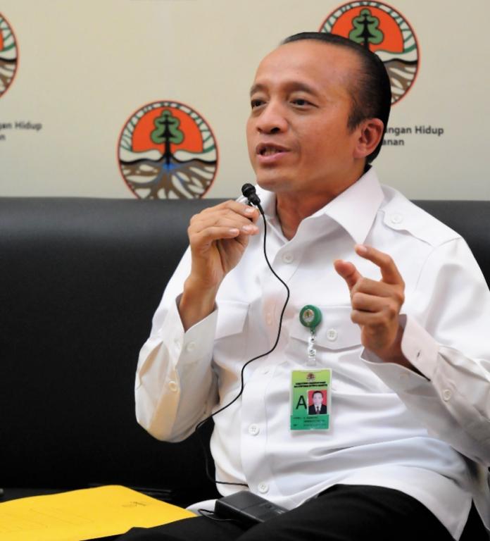 Sekretaris Jenderal Kementerian Lingkungan Hidup dan Kehutanan Bambang Hendroyono bahwa misi dari Undang-Undang Nomor 11 Tahun 2020 itu, sudah sangat jelas, sebagai upaya pemerintah mempercepat pertumbuhan ekonomi nasional, melalui kemudahan dalam berinvestasi, termasuk di sektor lingkungan hidup dan kehutanan. Foto: KLHK