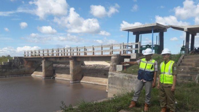 Peningkatan jaringan irigasi Daerah Irigasi (DI) Rias dengan membangun saluran suplesi sepanjang 2,7 kilometer dari Bendung Metukul ke Kolong Plumpung merupakan bagian dari upaya mendukung ketahanan pangan dan air secara nasional. Foto: Bangka Pos - Tribun