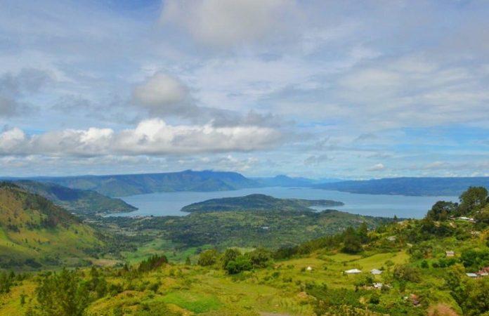Danau Toba di Sumatera Utara pada TA 2020 telah dilakukan Preparation of Water Resources Strategic Implementation Plan for Priority Lake - West Region. Foto: Kementerian PUPR