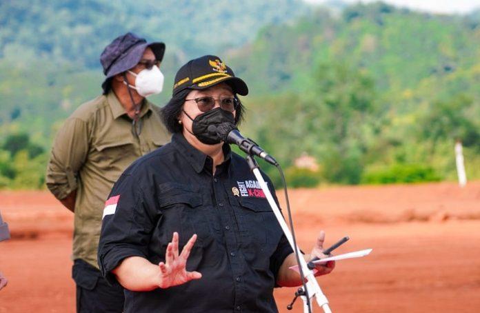 Menteri Lingkungan Hidup dan Kehutanan (LHK) Siti Nurbaya menyatakan, Rumpin menjadi salah satu titik pangkal untuk upaya pemulihan lingkungan secara nasional. Foto: KLHK