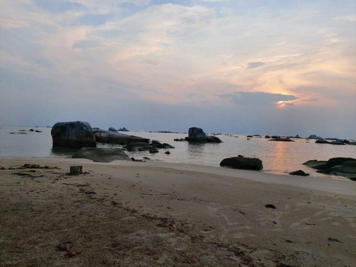 Geopark Belitong punya potensi wisata yang besar bagi Provinsi Kepulauan Bangka Belitung. Foto: Youtube