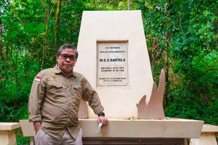 Wakil Menteri Lingkungan Hidup dan Kehutanan Alue Dohong menyebut, berwisata sembari menikmati keindahan alam juga merupakan salah satu cara penyembuhan yang efektif. Foto: KLHK